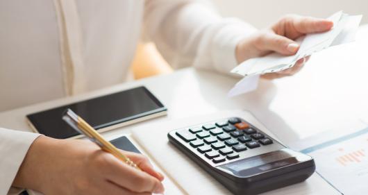 estrategia-financeira-escolas